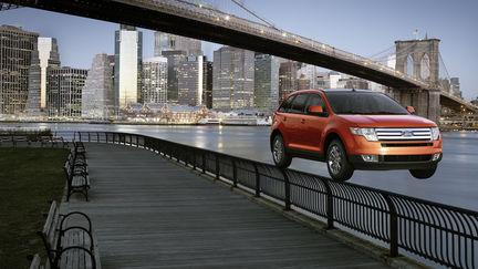 Ford Edge advert: bridge