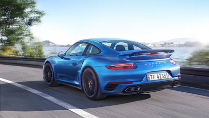 Porsche Turbo S Side Shot [Full CG]