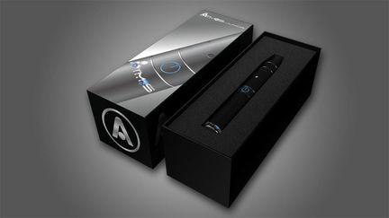 Atmos Junior Black Box and Vaporizer