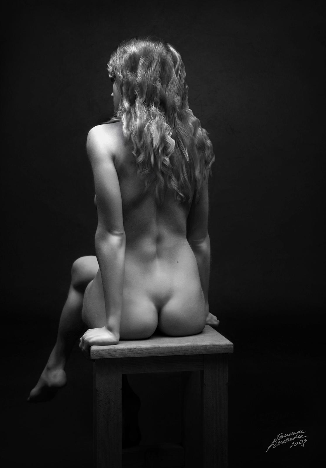 Alexandert girl on a chair 1 c7a90313 ax92